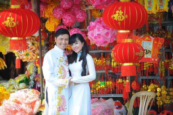 Ảnh cưới dễ thương, đẹp bình dị với cảnh quê sông nước và gánh hàng rong (11) tại Cưới hỏi trọn gói 365