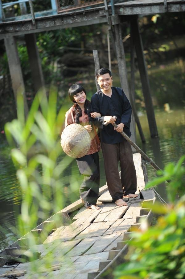 Ảnh cưới dễ thương, đẹp bình dị với cảnh quê sông nước và gánh hàng rong (12) tại Cưới hỏi trọn gói 365
