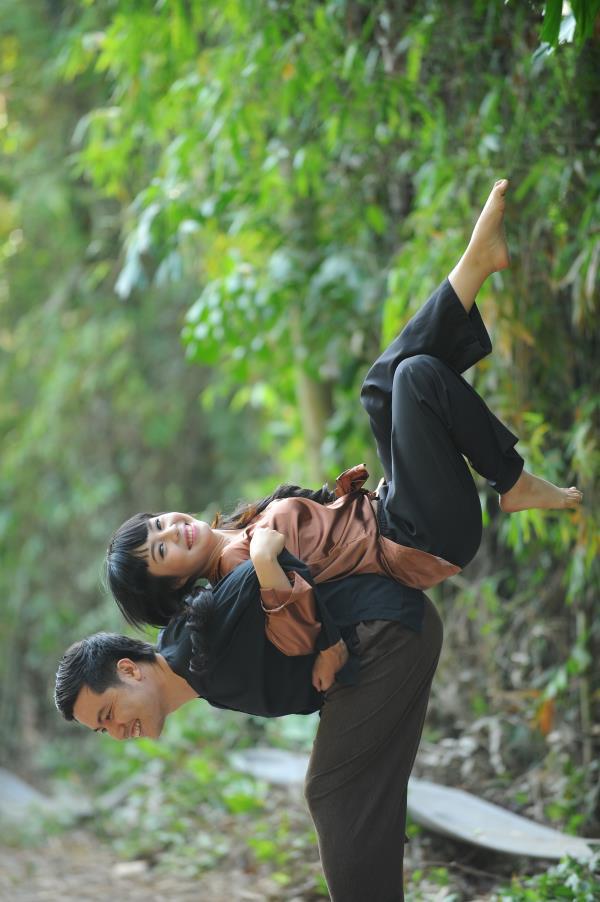 Ảnh cưới dễ thương, đẹp bình dị với cảnh quê sông nước và gánh hàng rong (14) tại Cưới hỏi trọn gói 365