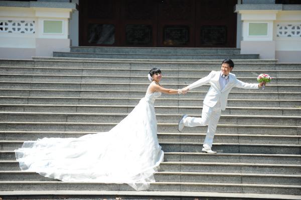 Ảnh cưới dễ thương, đẹp bình dị với cảnh quê sông nước và gánh hàng rong (22) tại Cưới hỏi trọn gói 365