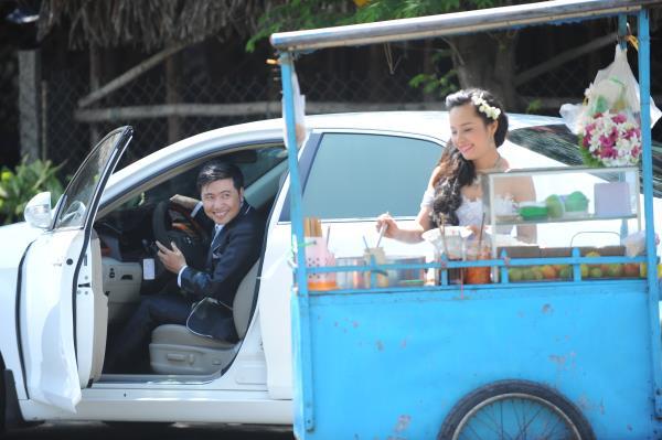 Ảnh cưới dễ thương, đẹp bình dị với cảnh quê sông nước và gánh hàng rong (25) tại Cưới hỏi trọn gói 365