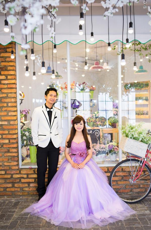 Ảnh cưới đẹp dễ thương, lãng mạn với gam màu tươi sáng trong phim trường (1) tại Cưới hỏi trọn gói 365