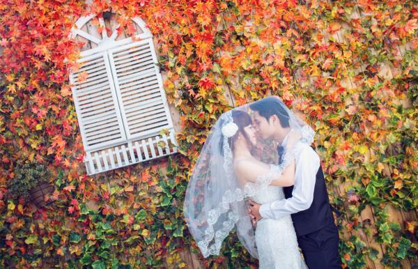 Ảnh cưới đẹp dễ thương, lãng mạn với gam màu tươi sáng trong phim trường (15) tại Cưới hỏi trọn gói 365