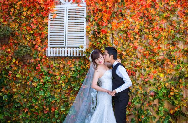 Ảnh cưới đẹp dễ thương, lãng mạn với gam màu tươi sáng trong phim trường (16) tại Cưới hỏi trọn gói 365