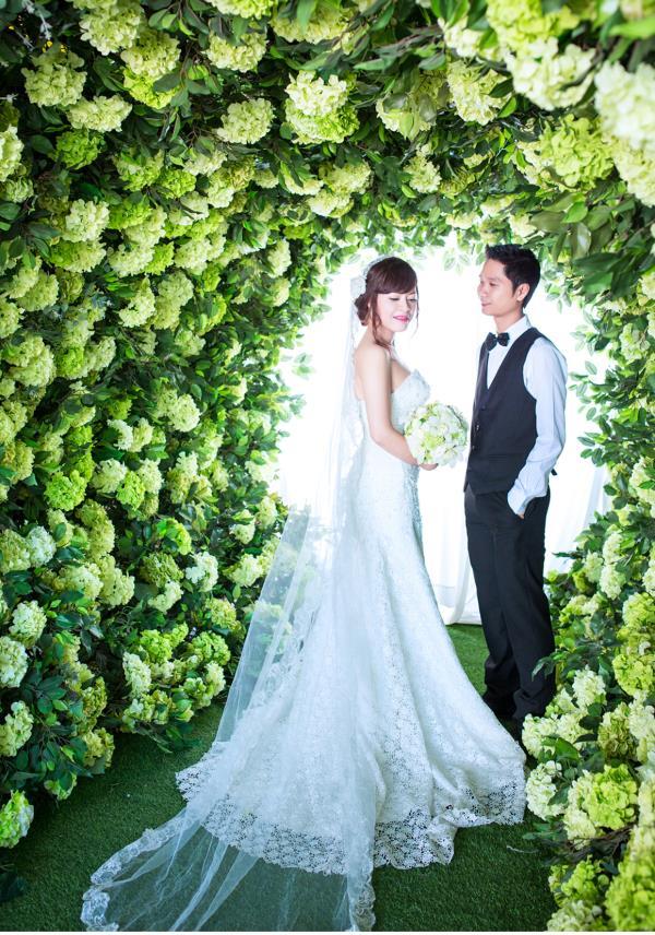 Ảnh cưới đẹp dễ thương, lãng mạn với gam màu tươi sáng trong phim trường (19) tại Cưới hỏi trọn gói 365