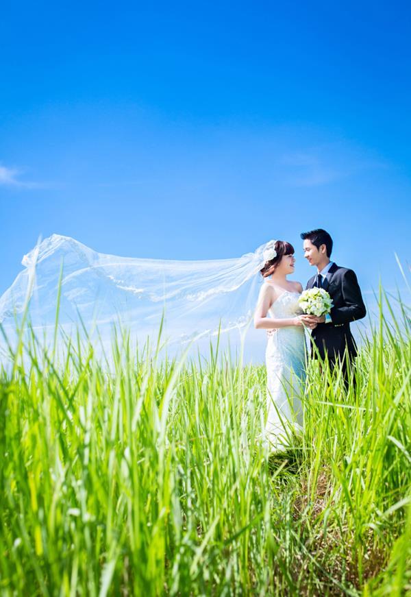 Ảnh cưới đẹp dễ thương, lãng mạn với gam màu tươi sáng trong phim trường (21) tại Cưới hỏi trọn gói 365
