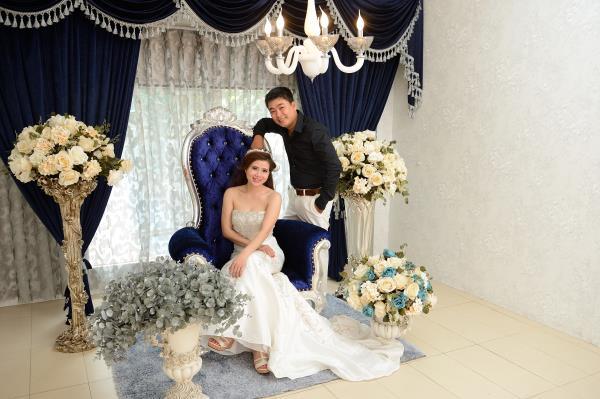 Ảnh cưới đẹp, dễ thương với đa sắc màu tươi tắn trong phim trường (08) tại Cưới hỏi trọn gói 365