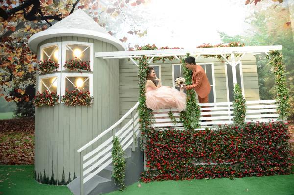 Ảnh cưới đẹp, dễ thương với đa sắc màu tươi tắn trong phim trường (18) tại Cưới hỏi trọn gói 365