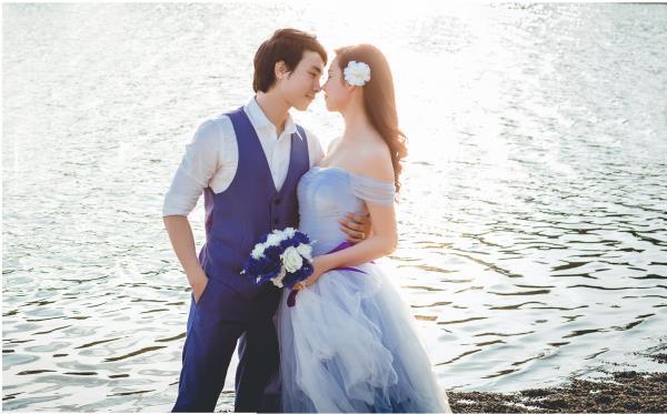 Ảnh cưới đẹp hồn nhiên với biển và rừng của cặp đôi trẻ trung (05) tại Cưới hỏi trọn gói 365