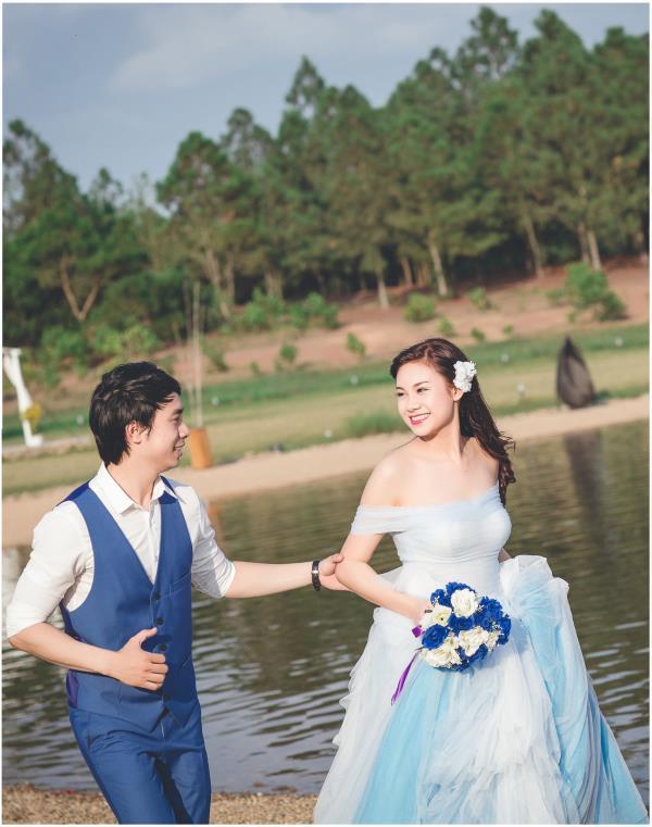 Ảnh cưới đẹp hồn nhiên với biển và rừng của cặp đôi trẻ trung (08) tại Cưới hỏi trọn gói 365
