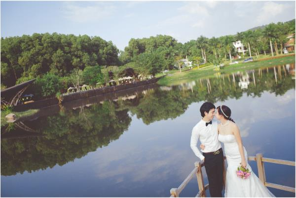 Ảnh cưới đẹp hồn nhiên với biển và rừng của cặp đôi trẻ trung (17) tại Cưới hỏi trọn gói 365