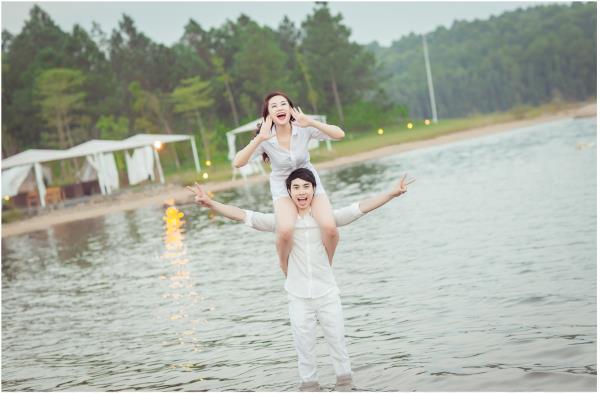 Ảnh cưới đẹp hồn nhiên với biển và rừng của cặp đôi trẻ trung (25) tại Cưới hỏi trọn gói 365