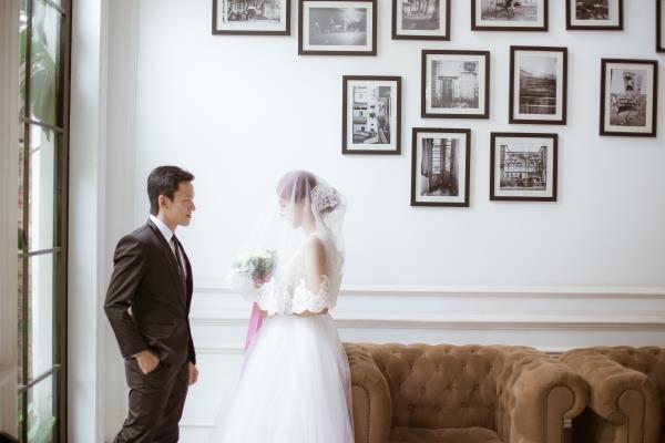 Ảnh cưới đẹp trong veo của cặp đôi trẻ trung, dễ thương trong phim trường và ngoại cảnh (04) tại Cưới hỏi trọn gói 365