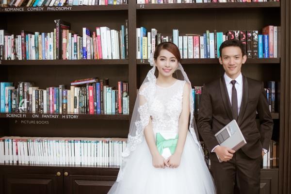 Ảnh cưới đẹp trong veo của cặp đôi trẻ trung, dễ thương trong phim trường và ngoại cảnh (05) tại Cưới hỏi trọn gói 365