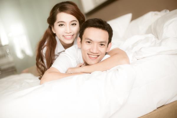 Ảnh cưới đẹp trong veo của cặp đôi trẻ trung, dễ thương trong phim trường và ngoại cảnh (14) tại Cưới hỏi trọn gói 365
