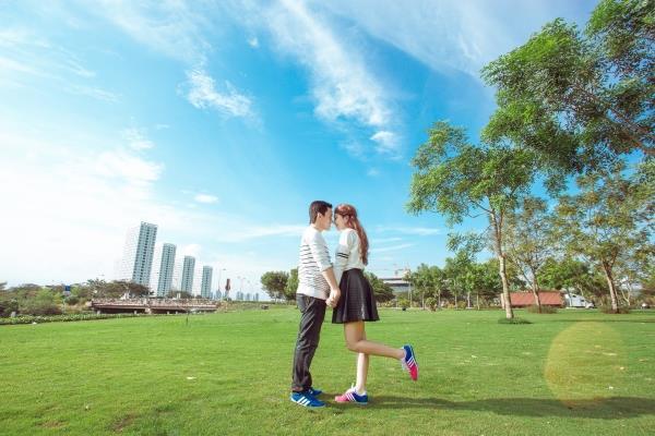 Ảnh cưới đẹp trong veo của cặp đôi trẻ trung, dễ thương trong phim trường và ngoại cảnh (16) tại Cưới hỏi trọn gói 365