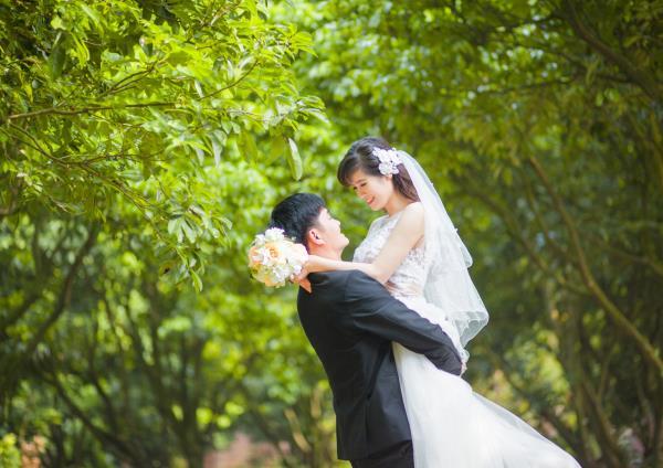 Ảnh cưới đẹp, tự nhiên, lãng mạn với cảnh thiên nhiên sóng động, đắm say lòng người (12) tại Cưới hỏi trọn gói 365