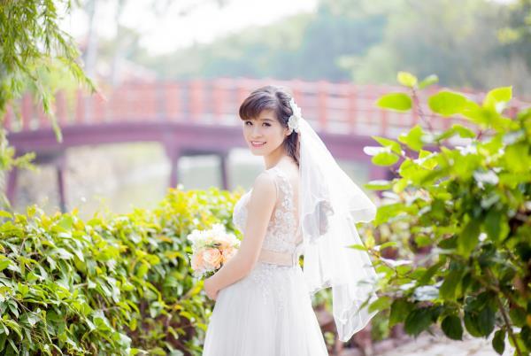 Ảnh cưới đẹp, tự nhiên, lãng mạn với cảnh thiên nhiên sóng động, đắm say lòng người (14) tại Cưới hỏi trọn gói 365