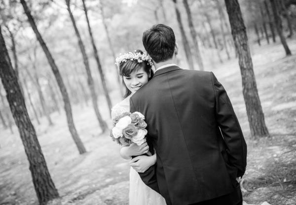 Ảnh cưới đẹp, tự nhiên, lãng mạn với cảnh thiên nhiên sóng động, đắm say lòng người (20) tại Cưới hỏi trọn gói 365