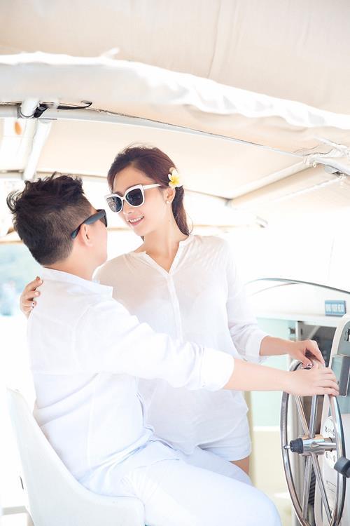 Ảnh cưới đẹp, tự nhiên, lãng mạn với gam màu xanh mát lành với cảnh biển Nha Trang (02) tại Cưới hỏi trọn gói 365