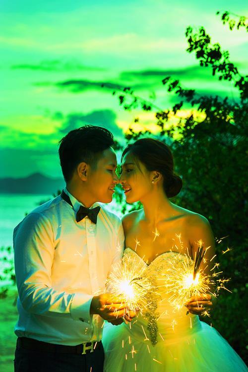 Ảnh cưới đẹp, tự nhiên, lãng mạn với gam màu xanh mát lành với cảnh biển Nha Trang (11) tại Cưới hỏi trọn gói 365