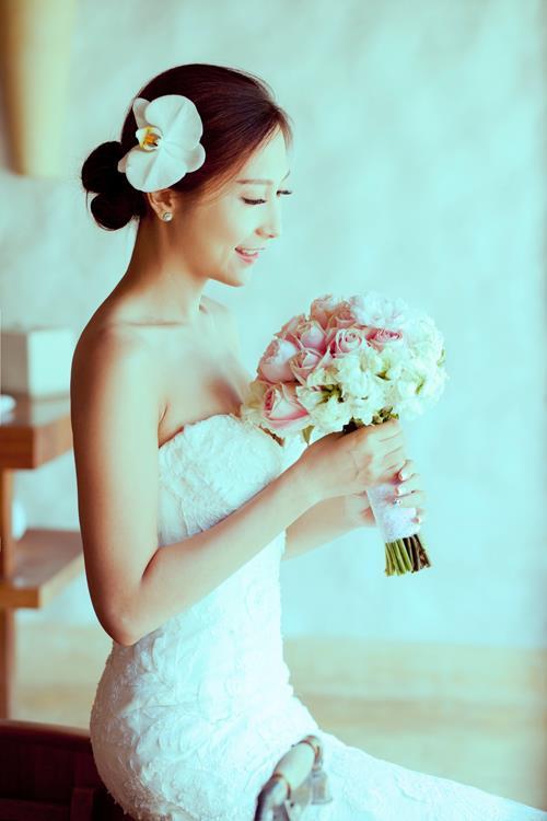 Ảnh cưới đẹp, tự nhiên, lãng mạn với gam màu xanh mát lành với cảnh biển Nha Trang (12) tại Cưới hỏi trọn gói 365