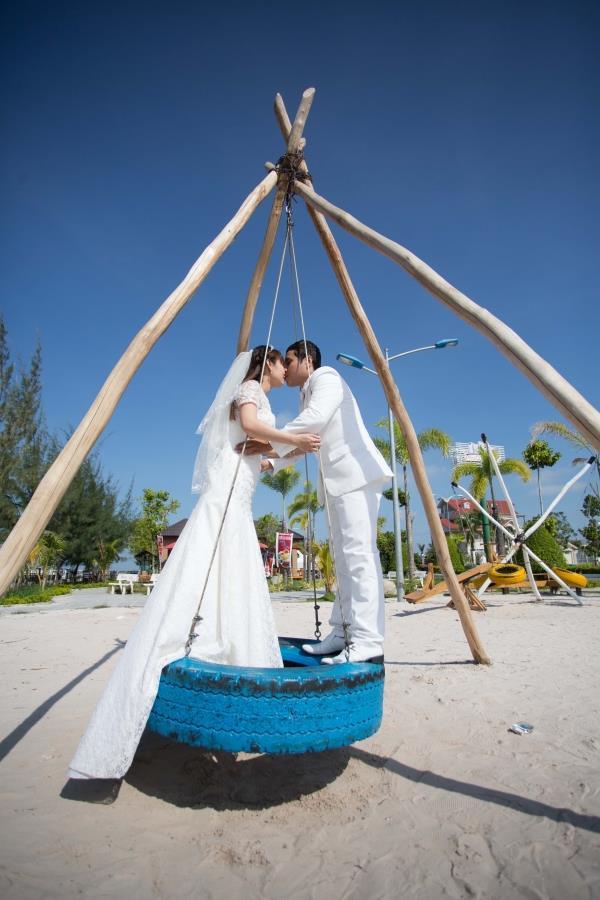 Ảnh cưới đẹp tự nhiên với sông nước và cảnh thiên nhiên bình dị (02) tại Cưới hỏi trọn gói 365