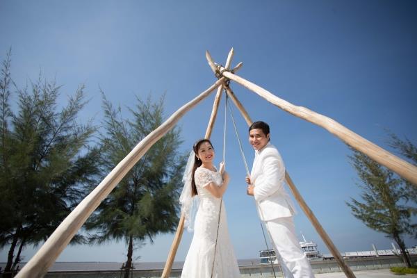 Ảnh cưới đẹp tự nhiên với sông nước và cảnh thiên nhiên bình dị (03) tại Cưới hỏi trọn gói 365