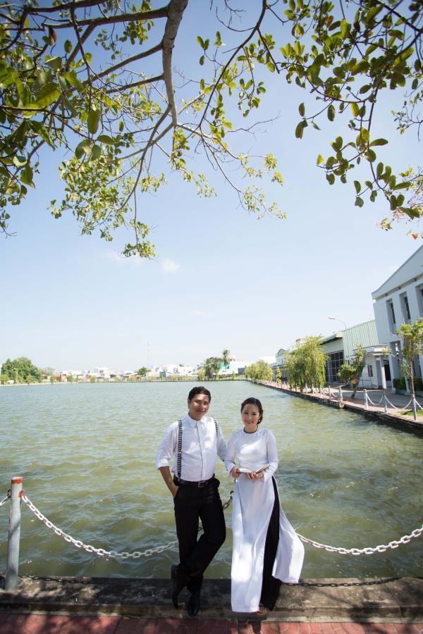 Ảnh cưới đẹp tự nhiên với sông nước và cảnh thiên nhiên bình dị (09) tại Cưới hỏi trọn gói 365