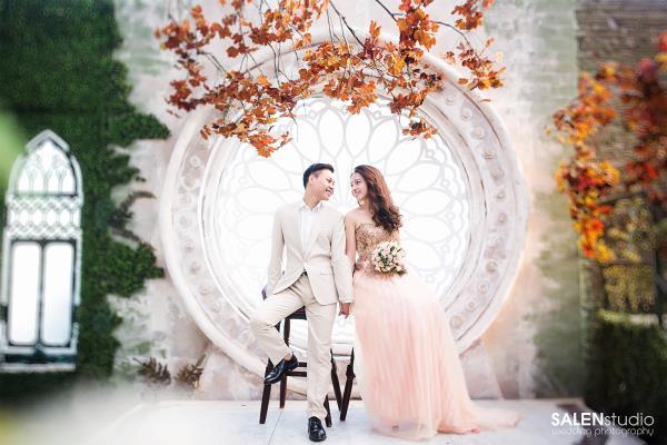 Ảnh cưới đẹp tươi trong phim trường và cảnh tự nhiên với cô dâu chú rể xứng lứa vừa đôi (05) tại Cưới hỏi trọn gói 365