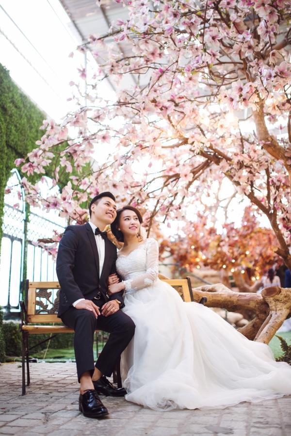 Ảnh cưới đẹp tươi trong phim trường và cảnh tự nhiên với cô dâu chú rể xứng lứa vừa đôi (10) tại Cưới hỏi trọn gói 365