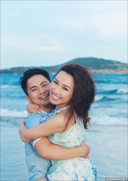 Ảnh cưới ở biển Bình Thuận - Cô dâu chú rể thật vui vẻ và tươi tắn (01) tại Cưới hỏi trọn gói 365