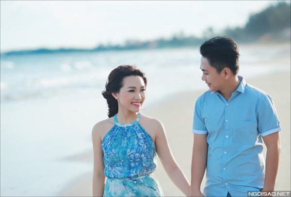 Ảnh cưới ở biển Bình Thuận - Cô dâu chú rể thật vui vẻ và tươi tắn (02) tại Cưới hỏi trọn gói 365