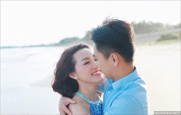 Ảnh cưới ở biển Bình Thuận - Cô dâu chú rể thật vui vẻ và tươi tắn (03) tại Cưới hỏi trọn gói 365