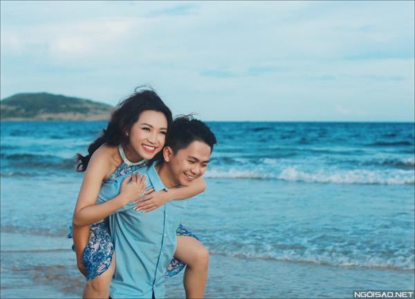 Ảnh cưới ở biển Bình Thuận - Cô dâu chú rể thật vui vẻ và tươi tắn (06) tại Cưới hỏi trọn gói 365