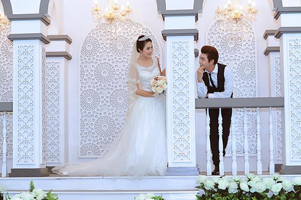 Ảnh cưới tại phim trường miền tây tuyệt đẹp với hoa ngập tràn (03) tại Cưới hỏi trọn gói 365