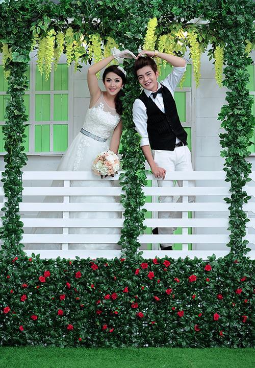 Ảnh cưới tại phim trường miền tây tuyệt đẹp với hoa ngập tràn (08) tại Cưới hỏi trọn gói 365
