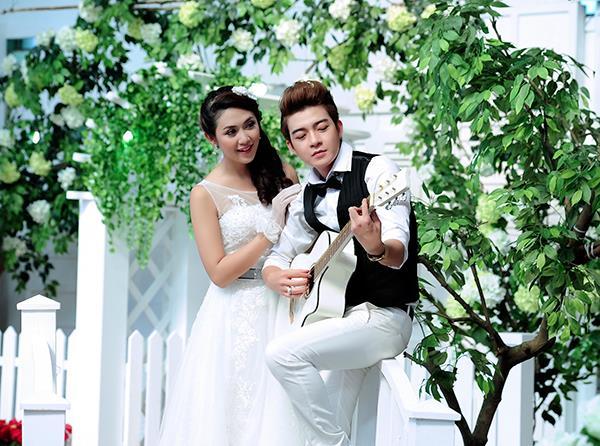 Ảnh cưới tại phim trường miền tây tuyệt đẹp với hoa ngập tràn (09) tại Cưới hỏi trọn gói 365