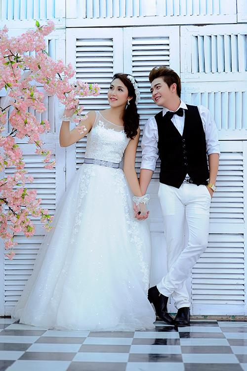 Ảnh cưới tại phim trường miền tây tuyệt đẹp với hoa ngập tràn (10) tại Cưới hỏi trọn gói 365