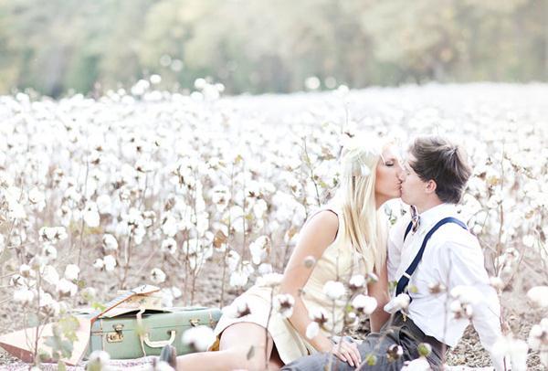 Ảnh cưới trên đồng cỏ hoa cải vàng ngập tràn (11) tại Cưới hỏi trọn gói 365