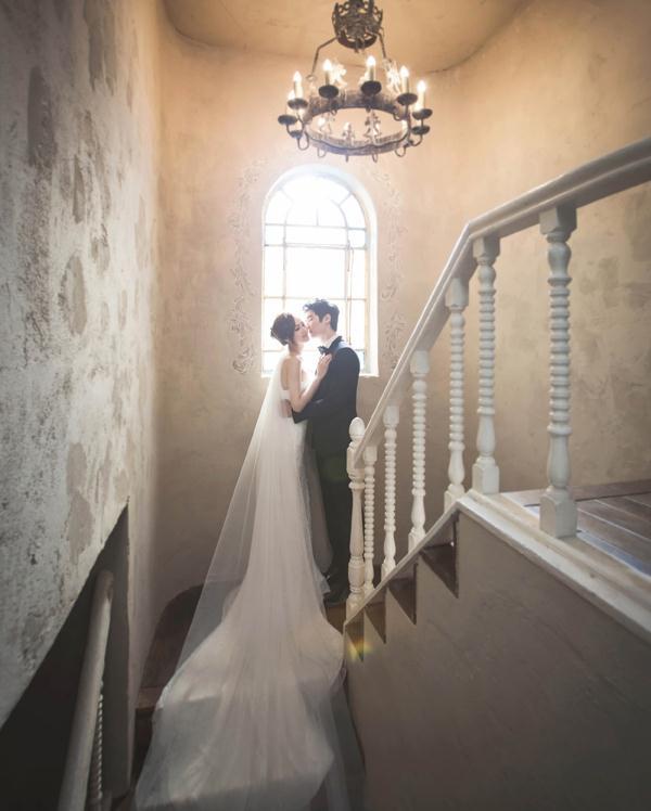 Ảnh cưới trong nhà phong cách công chúa (02) tại Cưới hỏi trọn gói 365