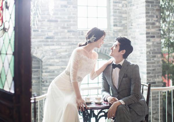 Ảnh cưới trong nhà phong cách công chúa (03) tại Cưới hỏi trọn gói 365