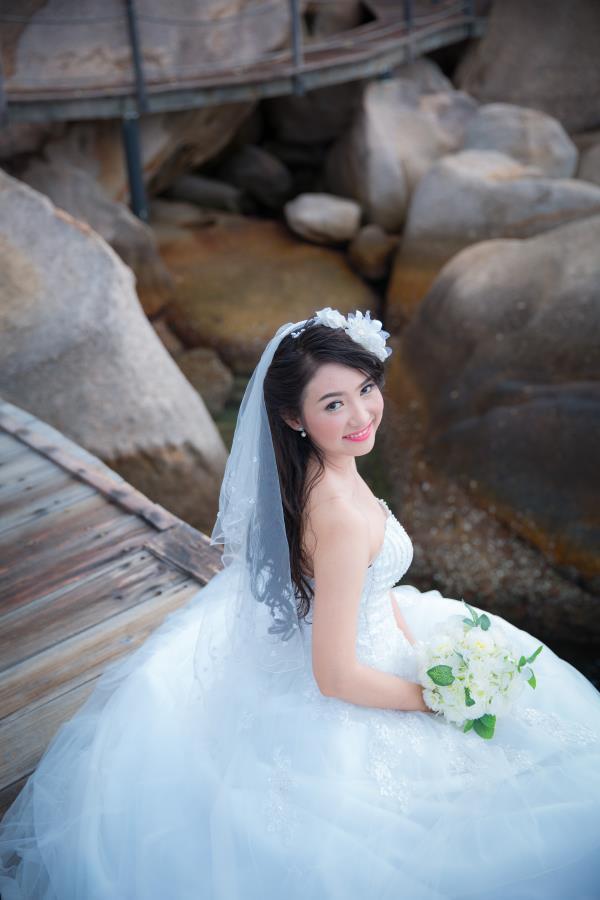 Cô dâu đẹp như thiên thần khi chọn gam màu tím và xanh biển ngọt lịm bên nụ cười hạnh phúc (02) tại Cưới hỏi trọn gói 365