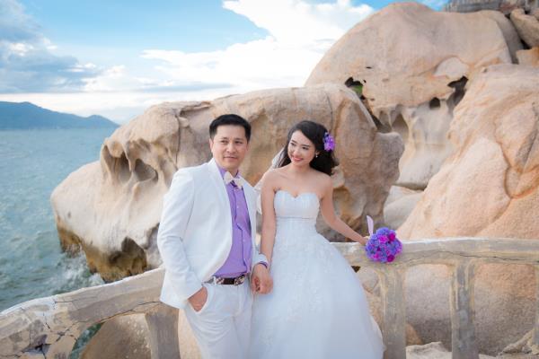 Cô dâu đẹp như thiên thần khi chọn gam màu tím và xanh biển ngọt lịm bên nụ cười hạnh phúc (11) tại Cưới hỏi trọn gói 365