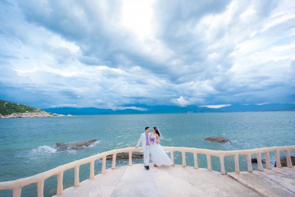 Cô dâu đẹp như thiên thần khi chọn gam màu tím và xanh biển ngọt lịm bên nụ cười hạnh phúc (13) tại Cưới hỏi trọn gói 365
