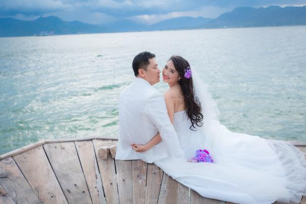 Cô dâu đẹp như thiên thần khi chọn gam màu tím và xanh biển ngọt lịm bên nụ cười hạnh phúc (14) tại Cưới hỏi trọn gói 365
