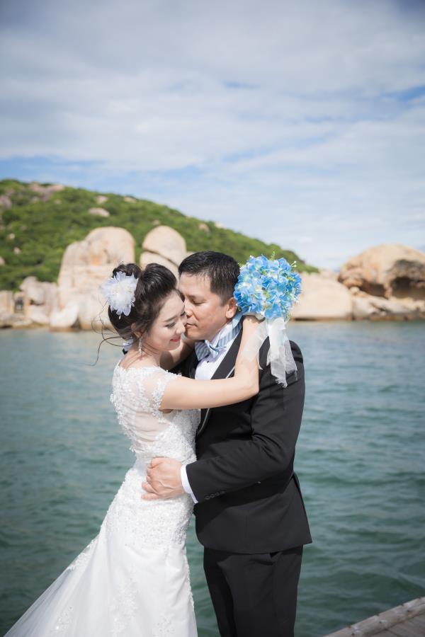 Cô dâu đẹp như thiên thần khi chọn gam màu tím và xanh biển ngọt lịm bên nụ cười hạnh phúc (18) tại Cưới hỏi trọn gói 365