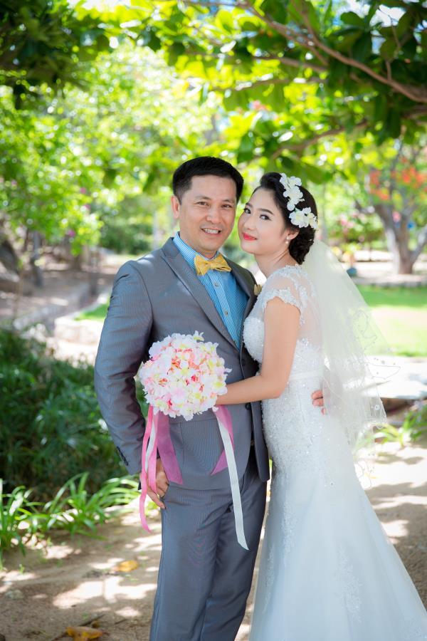 Cô dâu đẹp như thiên thần khi chọn gam màu tím và xanh biển ngọt lịm bên nụ cười hạnh phúc (22) tại Cưới hỏi trọn gói 365