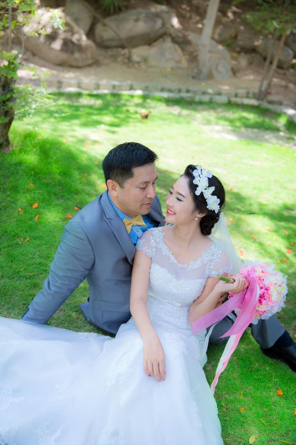 Cô dâu đẹp như thiên thần khi chọn gam màu tím và xanh biển ngọt lịm bên nụ cười hạnh phúc (23) tại Cưới hỏi trọn gói 365