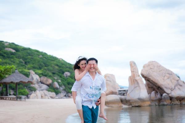 Cô dâu đẹp như thiên thần khi chọn gam màu tím và xanh biển ngọt lịm bên nụ cười hạnh phúc (26) tại Cưới hỏi trọn gói 365